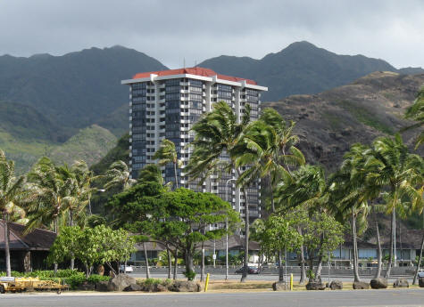 Hotels in Hawaii Kai on the Windward Side of Oahu